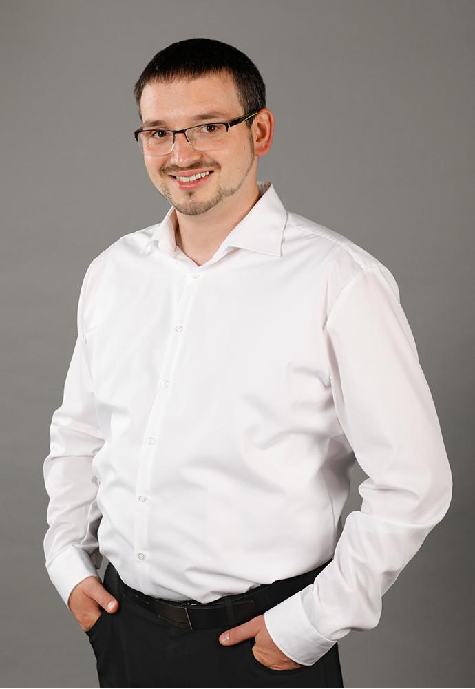 Hier sehen Sie Klaus Müller