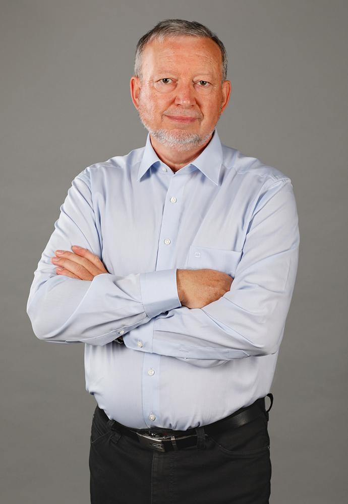 Hier sehen Sie Rolf Müller